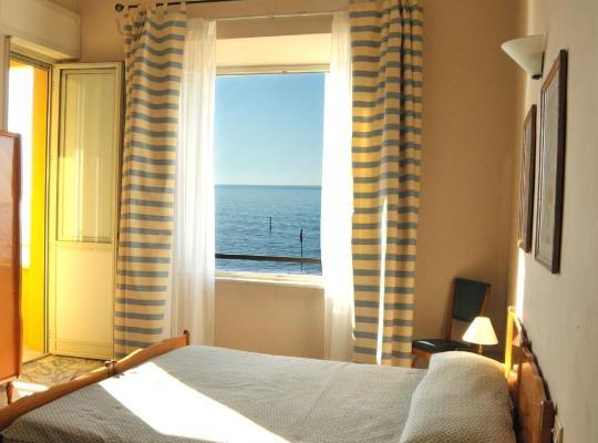 Photos de l'hôtel: Hotel Le Najadi