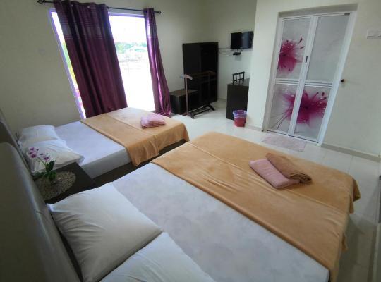 Хотел снимки: Huda Inn
