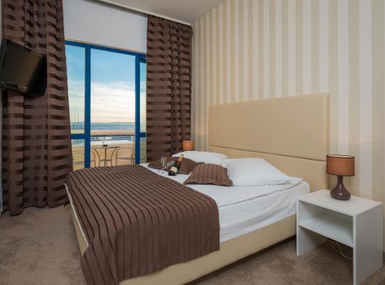 Hotel Valokuvat: Hotel Jadran