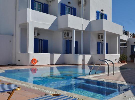 Hotel Valokuvat: Cyclades Hotel