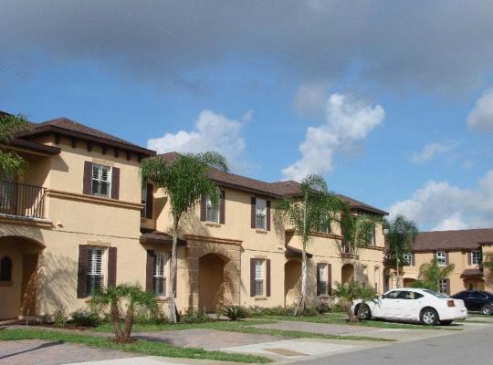 Képek: Villas at Regal Palms Resort & Spa