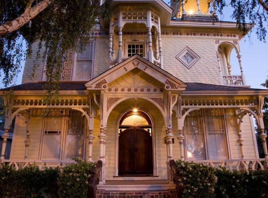 Hotel bilder: Victorian Mansion At Los Alamos