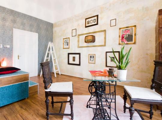 Hotel Valokuvat: Design Apartment in the heart of Buda