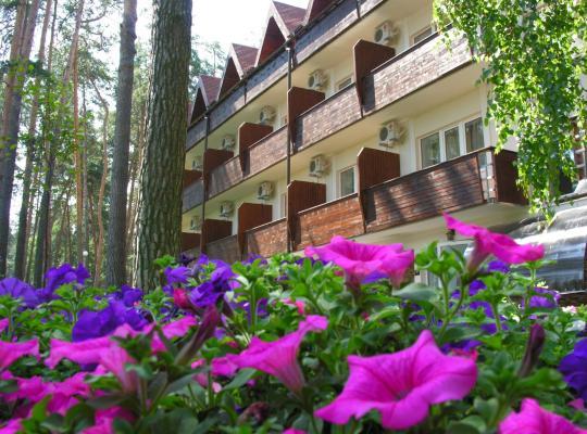 Hotel photos: Ukraina Hotel