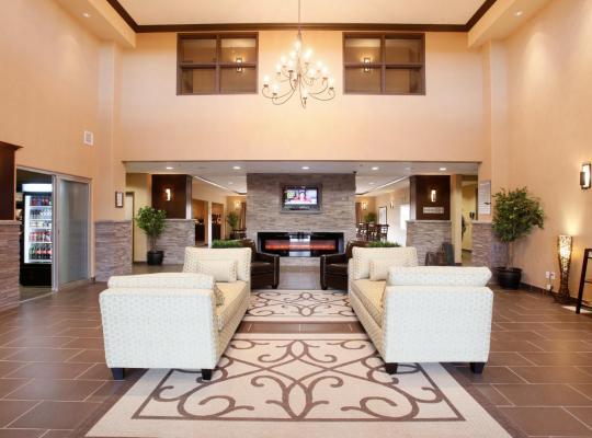 ホテルの写真: Pomeroy Inn & Suites Vegreville