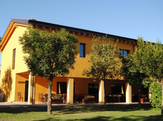 Hotel bilder: Cascina Bosco Gerolo