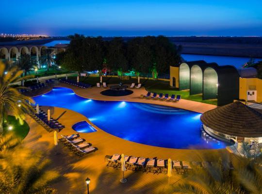 Fotos do Hotel: Golden Tulip Al Jazira Hotel & Resort