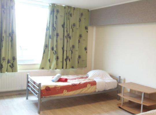 Ảnh khách sạn: Charleroi Apartotel Des Jardins De La Fontaine Qui Bout