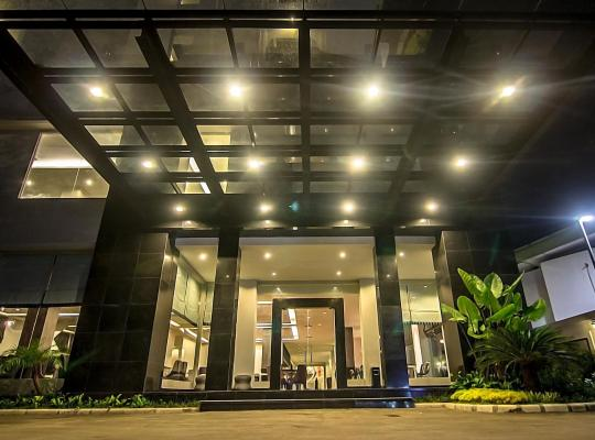 Хотел снимки: Hotel Diradja