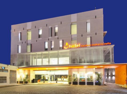 ホテルの写真: J Hotel - Bandara Soekarno Hatta