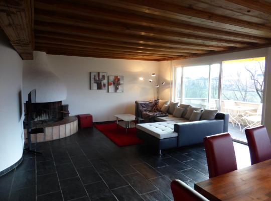 ホテルの写真: Penthouse Apartment in Vaduz