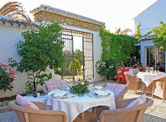 ホテルの写真: Hotel Cortijo Las Piletas