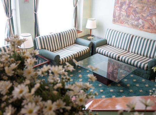 Hotel foto 's: Hotel Flora