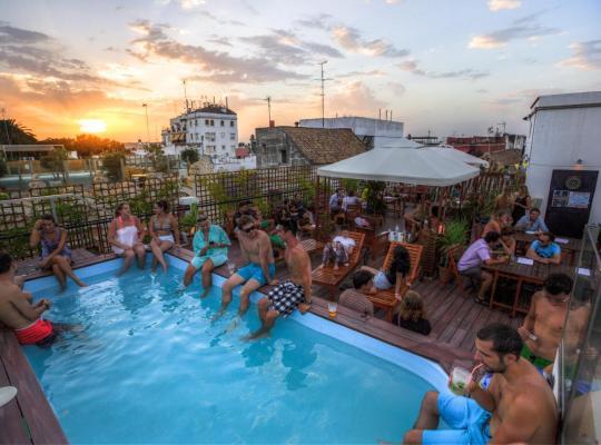 Хотел снимки: Oasis Backpackers' Palace Seville