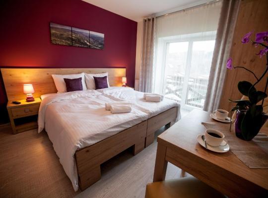 Hotel photos: Rezydencja Pod Ochorowiczówką B&B
