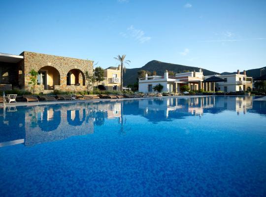 Foto dell'hotel: Porto Kea Suites
