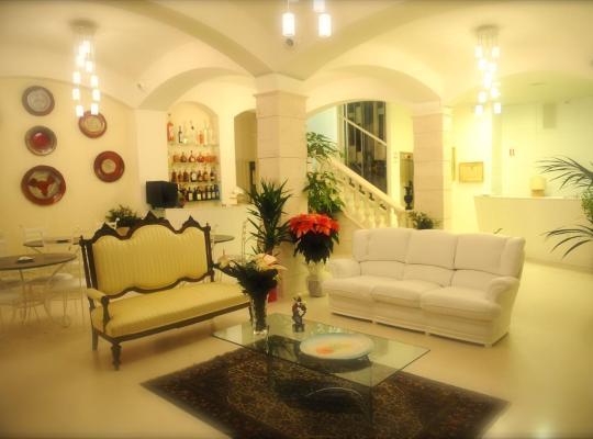 Φωτογραφίες του ξενοδοχείου: Albergo Le Dodici Lune