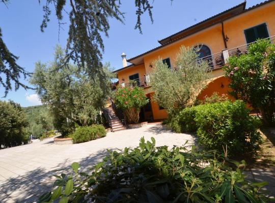 Photos de l'hôtel: Poggio Degli Olivi