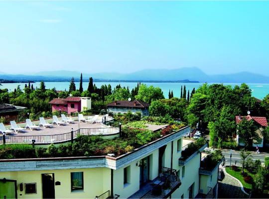 Hotel photos: Admiral Hotel Villa Erme