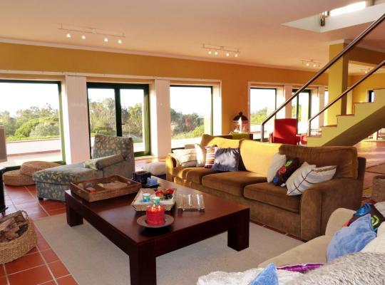 ホテルの写真: Monica Lisbon Rentals - Vista Villa