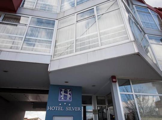 Hotel Valokuvat: Hotel Silver