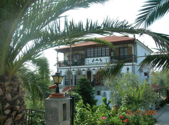 Фотографии гостиницы: Villa Karapataki