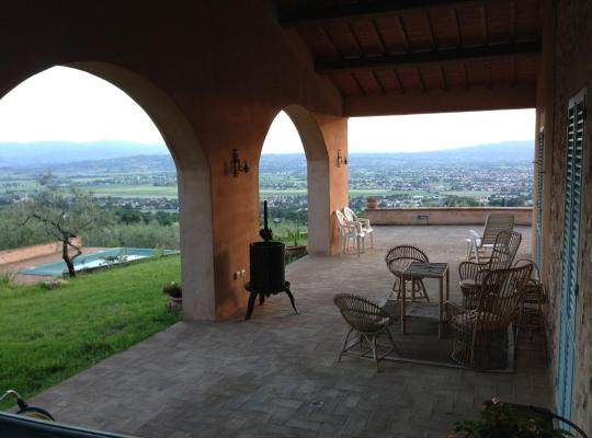 होटल तस्वीरें: La Quercetta