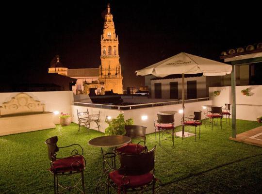 Фотографии гостиницы: Hospedería del Atalia
