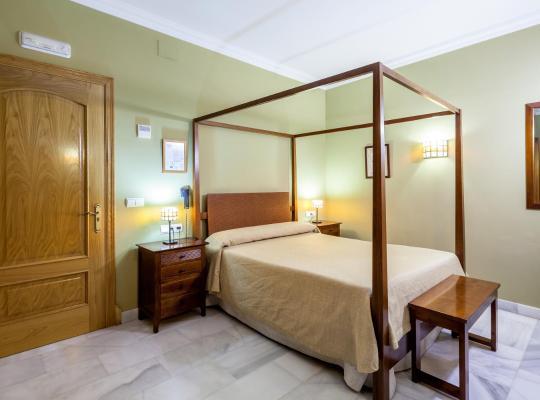 Hotel Valokuvat: Hotel Las Casas del Duque