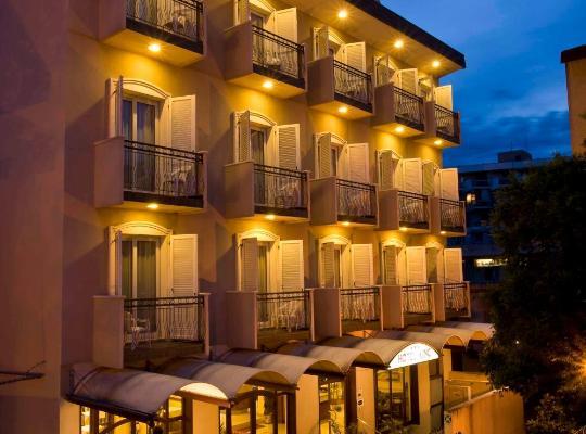 Otel fotoğrafları: Hotel King