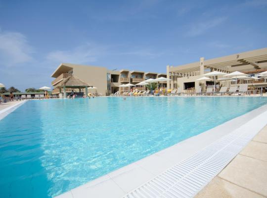 Otel fotoğrafları: Oasis Salinas Sea