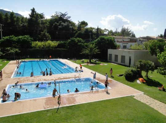ホテルの写真: Camping Alberg Tivissa