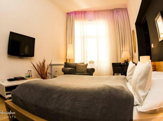 Foto dell'hotel: Qiu Hotel Rooms