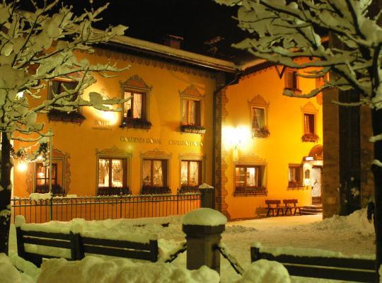 Hotel fotografií: Hotel Cavallino D'Oro