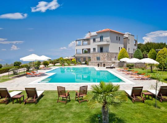 Фотографии гостиницы: Marini Luxury Apartments and Suites