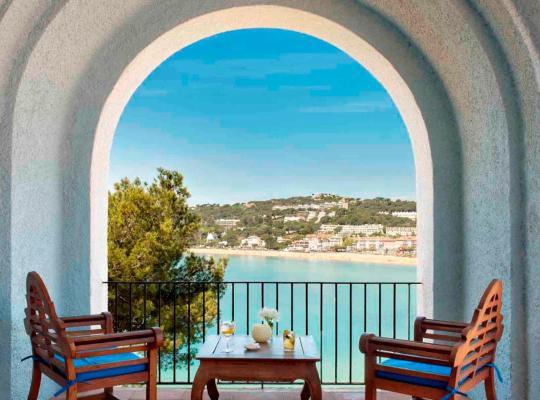 Otel fotoğrafları: Hostal de la Gavina GL