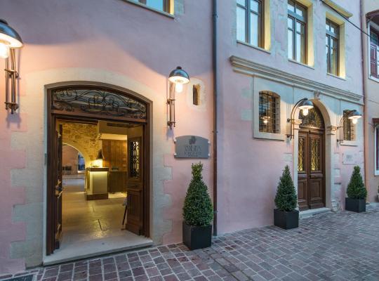 รูปภาพจากโรงแรม: Serenissima Boutique Hotel