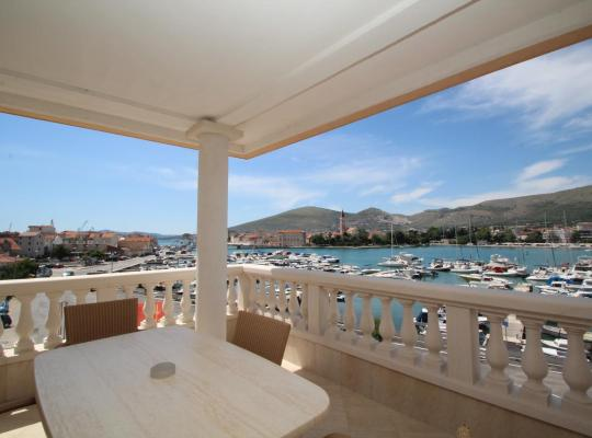 Hotel foto 's: Hotel Trogir Palace