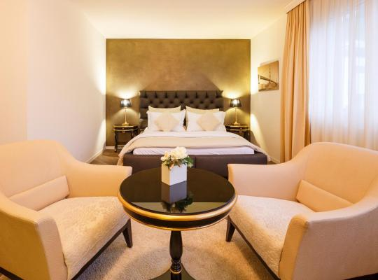 Foto dell'hotel: Business Hotel First