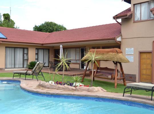 Ảnh khách sạn: Augustavilla St.Pio's Guest House