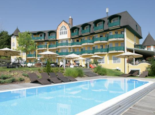 Фотографии гостиницы: Maiers Kuschelhotel Loipersdorf Deluxe - ADULTS ONLY
