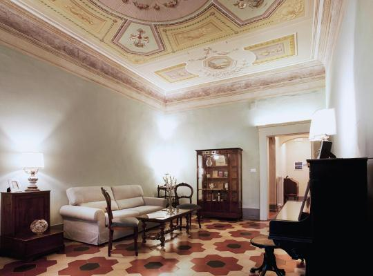 Хотел снимки: Almadelena Guest House