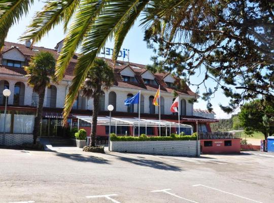 Хотел снимки: Hotel Campomar