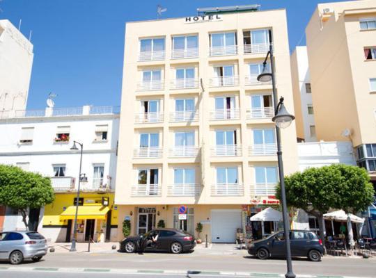 Hotel foto: Hotel Mediterráneo