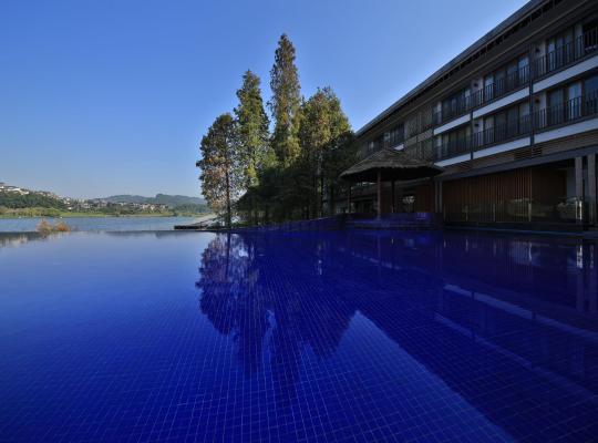 Fotografii: Baiyun Lakeside Hotel