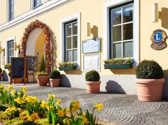 Hotel photos: Romantik Hotel Goldener Stern