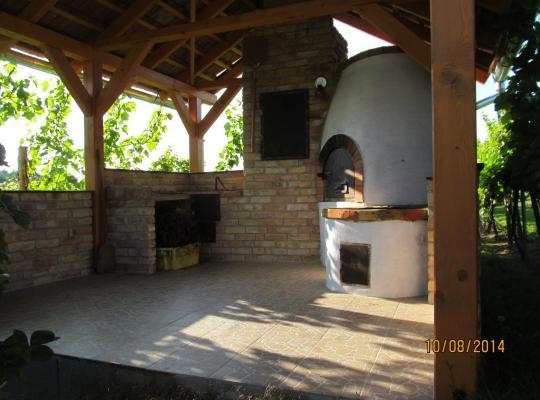 Hotel fotografií: Balatonlelle-Kishegy
