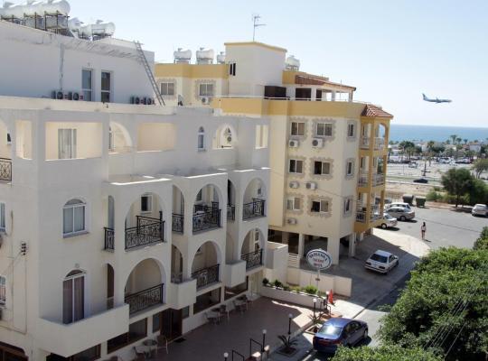 Hotel photos: Pasianna Hotel Apartments