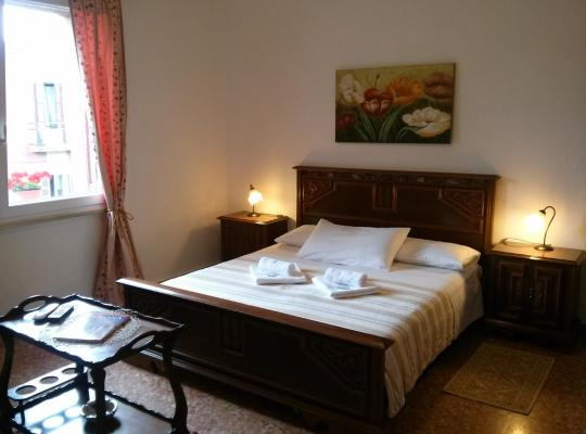 Foto dell'hotel: Compass B&B