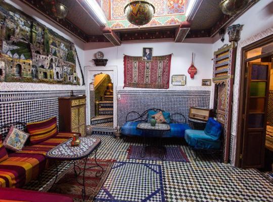Хотел снимки: Dar Chourouk